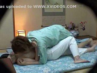מלון masseuse used על ידי מלון guest