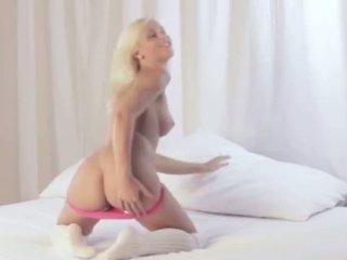 Ekstremalne blondynka z wyjątkowy dziura w tyłku