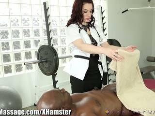 Masseuse takes eelis kohta clients suur riist: tasuta porno 43