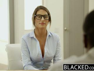 Blacked august ames gets an इंटररेशियल क्रीमपाइ