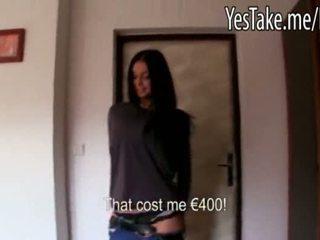Povekas amatööri pitkä haired tšekki tyttö vikky pumped varten raha