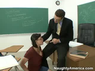 Suck my boner at pumasa ang class!