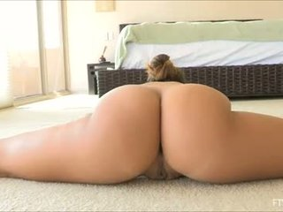 brunette, toys, vaginal masturbation