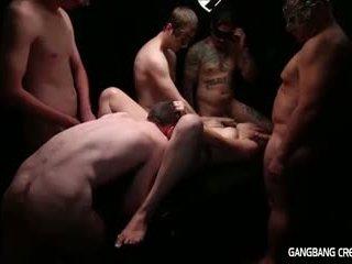 Gangbang creampie lesbiete gets daži loceklis un gets creamed