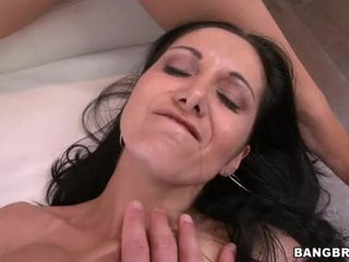 Abbey brooks 和 ava addams 享受 駝峰 上 knob