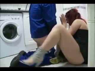 Podvádzanie manželka having sex s the handyman