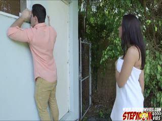 Peeping tom ends sehingga seks / persetubuhan beliau berpayu dara besar gf dan beliau ibu tiri