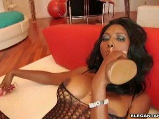 Nyomi banxxx feels la massif jouet 10 pounder dipping réel dur en son meatcave