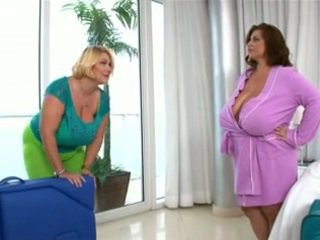 Bbw Mature Lesbian Orgy