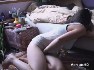 Sister bắt thủ dâm