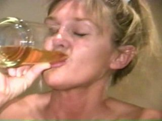 Piss: Sherry Carter Drinking More Old ...