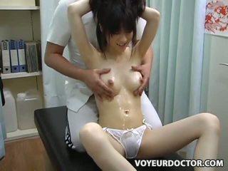 Adoleshent climax breast masazh 2