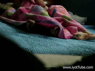 Śpiące sister - azjatyckie nastolatka