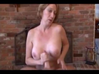Hot Mom Gives Bj and Hj and gets all the Cum: Free Porn 27