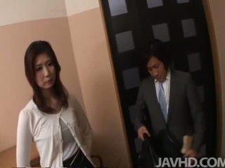 Ιαπωνικό πρωκτικό και εκσπερμάτιση μέσα