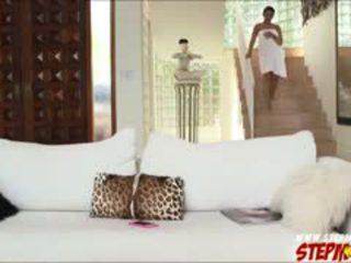 ענק ציצים ada sanchez shares זין ל אמא חורגת diamond kitty