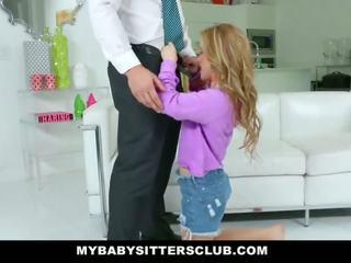 Mybabysittersclub - roztomilý mladý hlídání fucks táta pro pomsta
