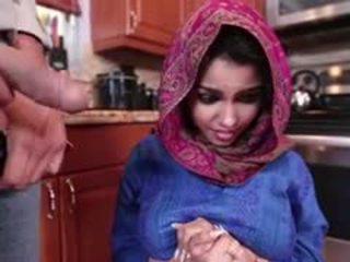 Ada a มีอารมณ์ arab วัยรุ่น gets ระยำ และ filled ด้วย สำเร็จความใคร่
