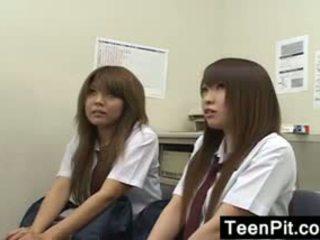 Japonais schoolgirls obtenir noir mailed