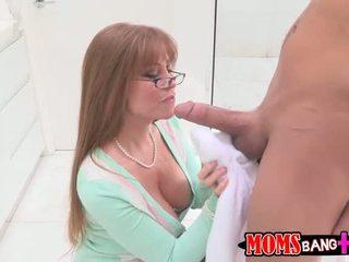 Darla crane anal baisée avec en chaleur adolescence