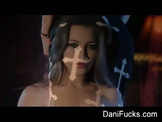 Dani Daniels: Gothic vampire layer smokey solo by dani daniels.