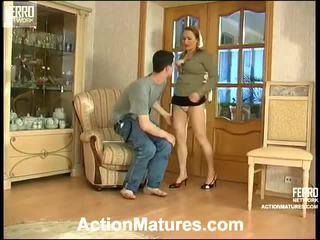 Sara и jerome seductive мама вътре действие