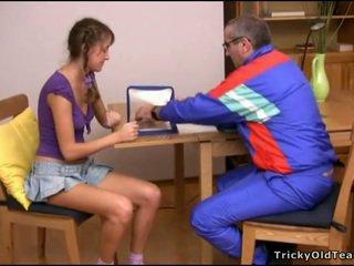 Pounding babes sempit alat kemaluan wanita