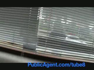 Publicagent brittiläinen ruskeaverikkö perseestä kova mukaan tšekki iso kukko