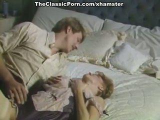 Голям хуй inda космати путка в порно ретро филм