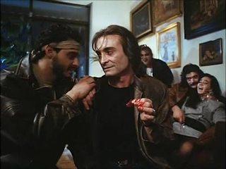 La noche del ejecutor (1992) ispaniškas birthday: žmona & dukra pakliuvom & spoiled