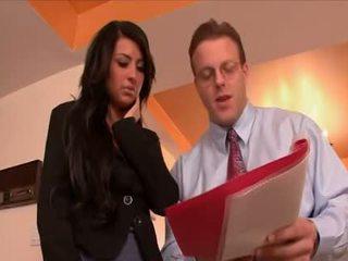 Sexy sekretær banged av den sjef