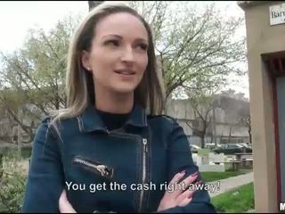 Įtemptas eurobabe melanie pakliuvom už pinigai