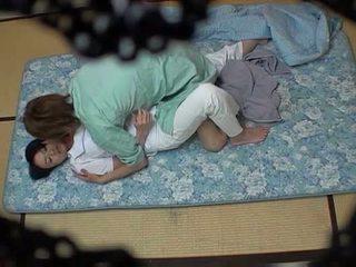 Kız oğlanı sikiyor masseuse used tarafından kız oğlanı sikiyor guest