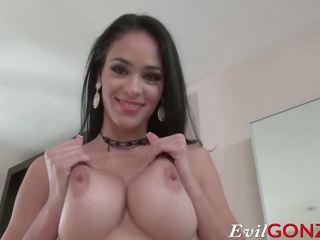 big boobs, berambut cokelat, handjobs
