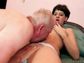 morena, hardcore sex, sexo oral