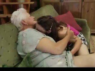 Leszbikus nagyi: ingyenes leszbikus porn videó c9