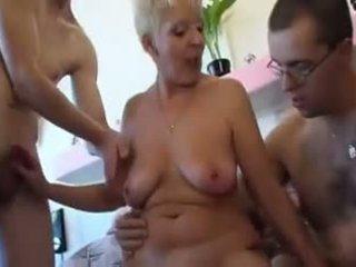 Oma kriegt heute drei stengel, gratis jerman porno video 1d