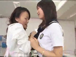 Učitelj v krilo getting ji muca licked stimulated s vibrator s šolarka na the miza v the schools pisarna