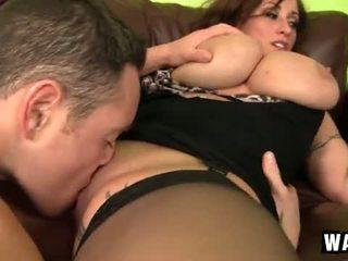 Incredibly groß brüste auf die sexy cougar flittchen eva notty