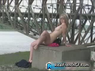 Divje pod the bridge javno francozinje