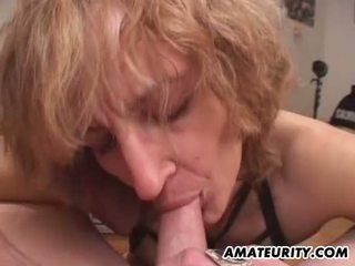 Amatore mami gives marrjenëgojë me derdhje në gojë