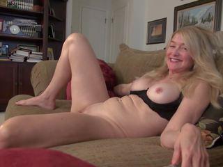 Senas bet karštas suaugę namų šeimininkė ir motina, porno 0d