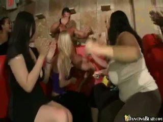 Male stripper goes लगभग reciving bjs और xxx