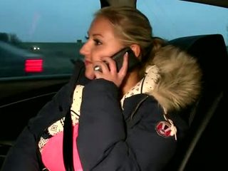 Publicsex amateur sucks die cab driver