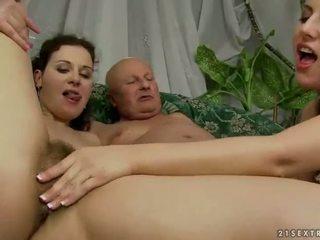 सेक्स किशोर, कट्टर सेक्स, pissing