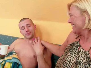 Abuelita sexo recopilación