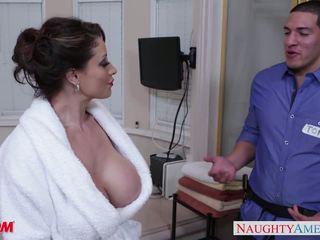 Miang/gatal ibu eva notty gives seks dengan payu dara