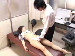 Perverted doktorn paralyses patients 1