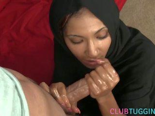 Arab 엄마는 내가 엿 싶습니다 tugging pov 형사 에 hijab, 무료 포르노를 fa