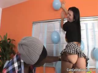 Ashli orion gets henne hubby balle henne hans birthday